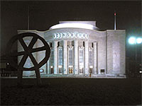 Volksbühne Berlin am Rosa-Luxemburg-Platz in Berlin
